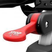 iC6-LifeFitness-bike-adjustments-detail-L